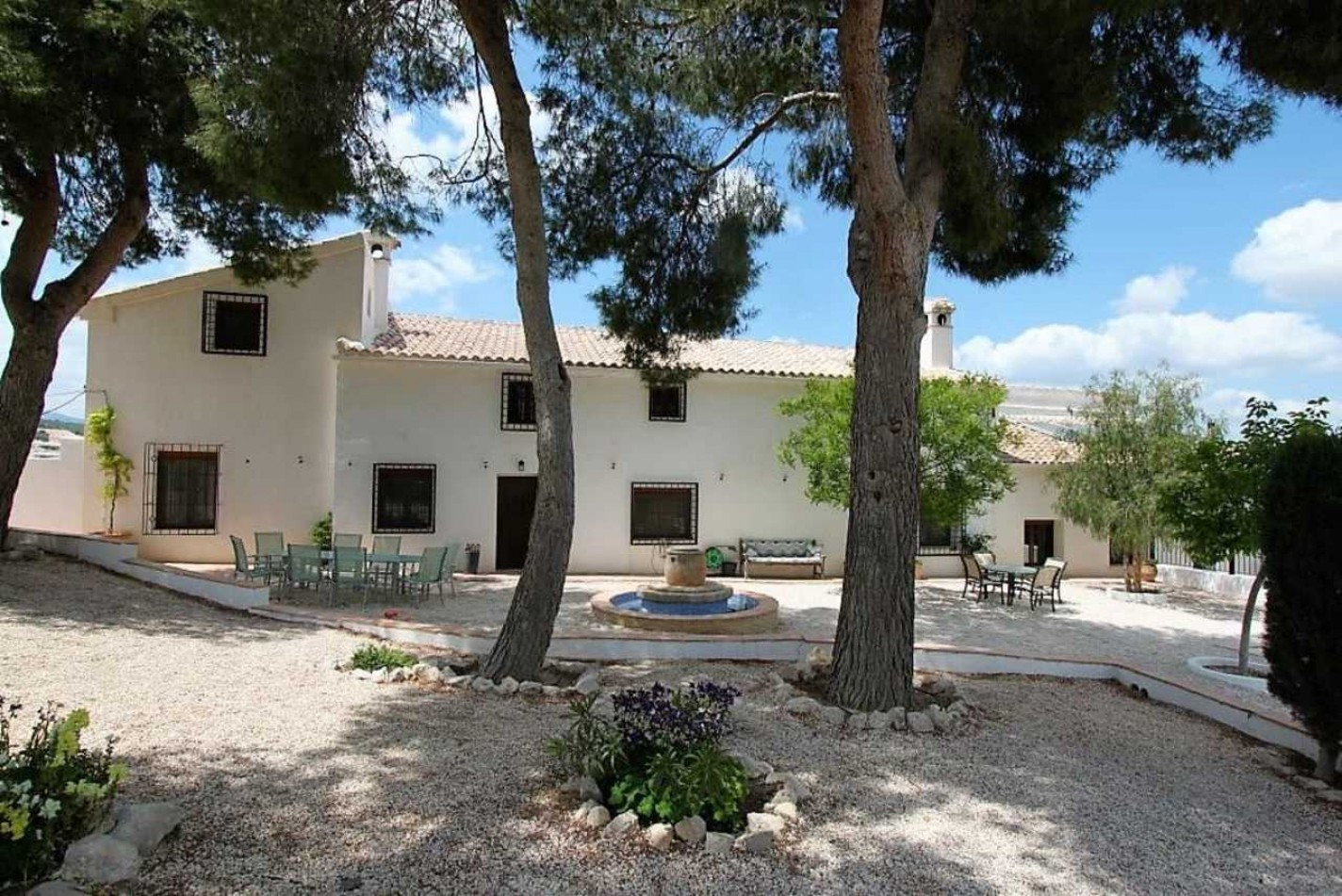 Featured Villa in Murcia available on Girasol today