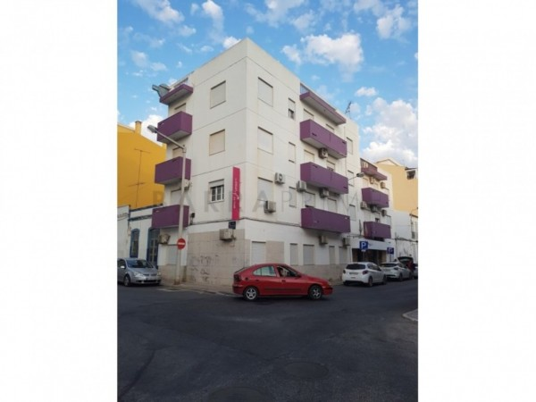 21 Bed  Commercial For Sale